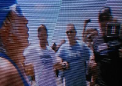 Diana-landing-on-KW-me-in-blue-shirt-on-Oprah-002